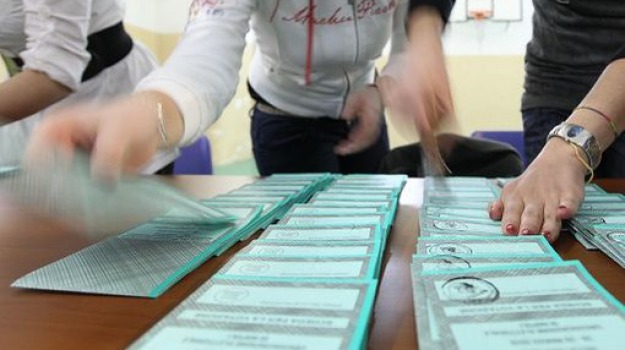 liste ricusate, montegiordano, oriolo, Cosenza, Calabria, Politica