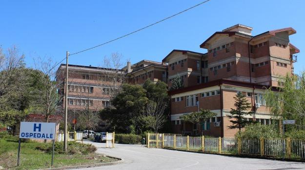 asp cosenza, burocrazia, lungro, ospedale, paziente, Calabria, Archivio