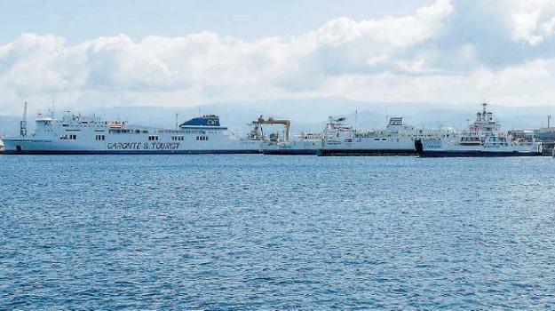 collegamento nello stretto, Messina, Calabria, Archivio
