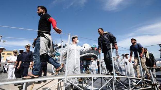 messina, migranti, nave orione, Messina, Archivio