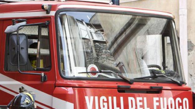incendio camion, messina, Messina, Archivio