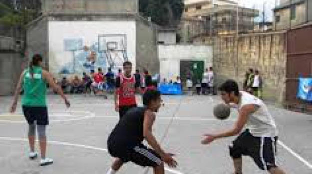 basket barcellona, solidarietà, Messina, Sport