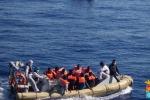"""2000 migranti in 24 ore, Fassino """" Situazione insostenibile"""""""