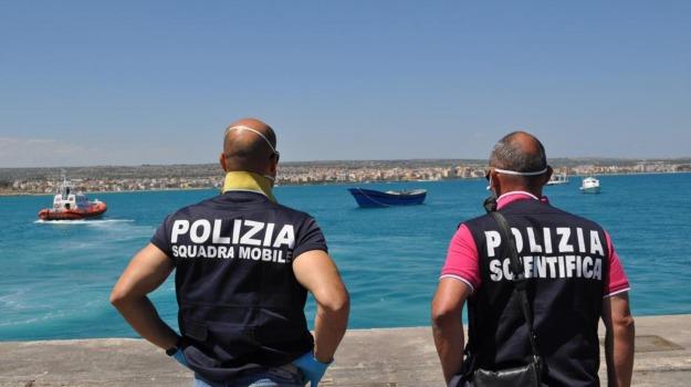 dispersi, migranti, pozzallo, Sicilia, Archivio