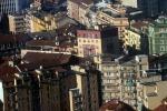 Istat, crollano i prezzi delle case