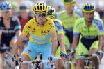 Nibali stravince e torna in giallo
