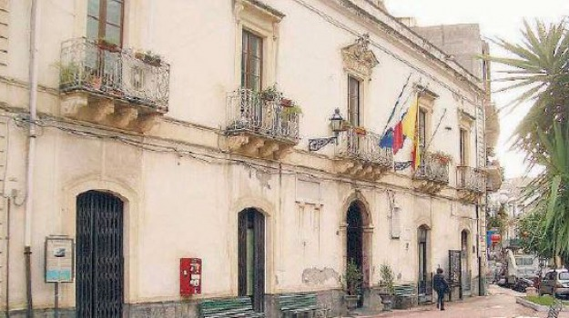 basilio gugliotta, Sicilia, Archivio