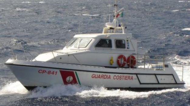 capitaneria corigliano, divieto, tonno rosso, Calabria, Archivio