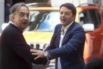 Renzi a Grillo, colpo di stato? Il tuo è colpo di sole