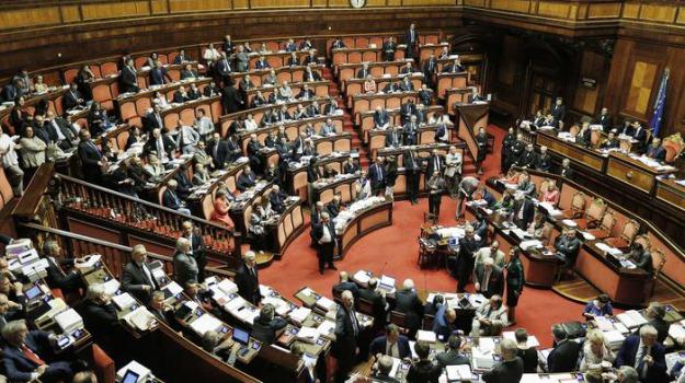 senato, Sicilia, Archivio, Cronaca