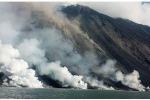 Stromboli invasa dai turisti, disertata invece Vulcano