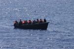 Tra i 279 migranti anche un neonato