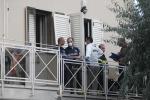 Donna e due figli trovati morti in casa