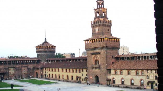 castello sforzesco, dipinti, furto, Sicilia, Archivio, Cronaca