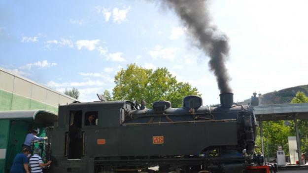 ferrovie della calabria, parco sila, sardegna, treno a vapore, Calabria, Archivio
