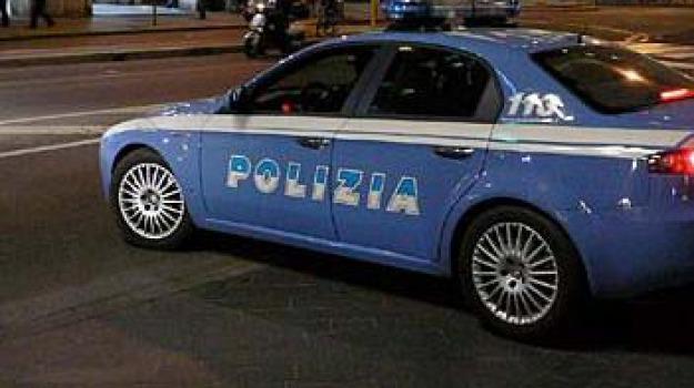 denunce, paola, polizia, Sicilia, Archivio
