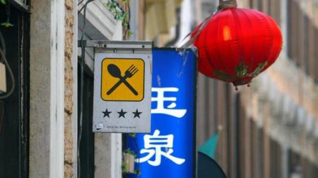 cinesi, imprenditoria cinese, negozi cinesi, Sicilia, Archivio, Cronaca