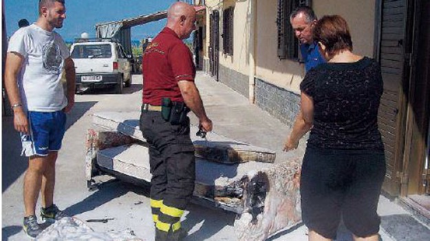 incendi caronia, Sicilia, Archivio