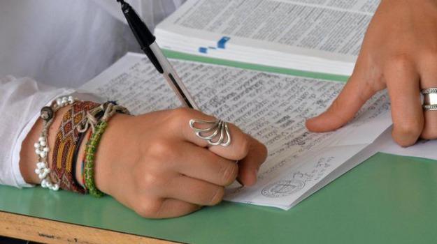 test medicina, Sicilia, Archivio, Cronaca