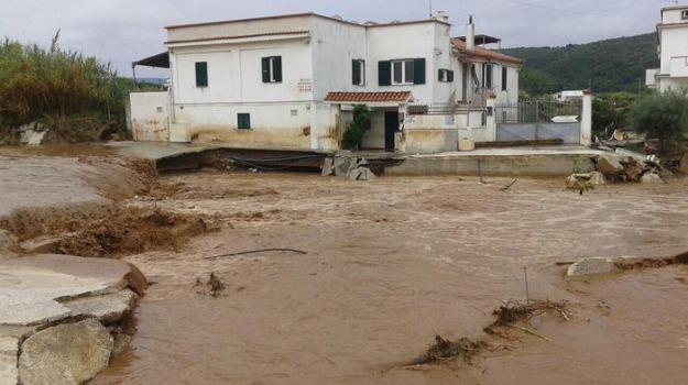 alluvione, puglia, Sicilia, Archivio, Cronaca