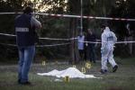 Ucciso in un parco davanti ai bambini