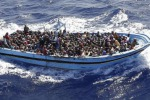 Libia, 200 migranti dispersi in naufragio