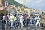 A Salerno nave con 837 migranti