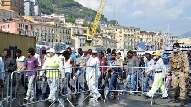 migranti, salerno, Sicilia, Archivio, Cronaca