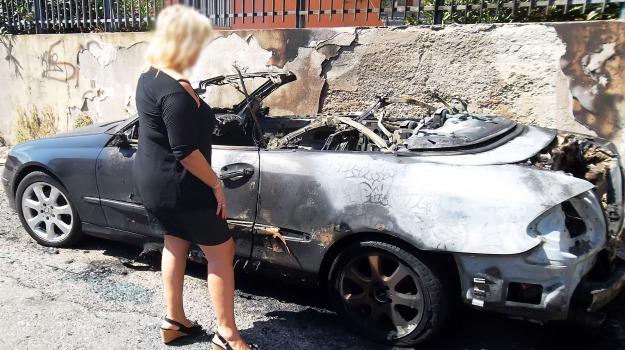 auto bruciata, fondo fucile, Messina, Archivio