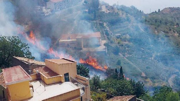 incendio alì, Sicilia, Archivio