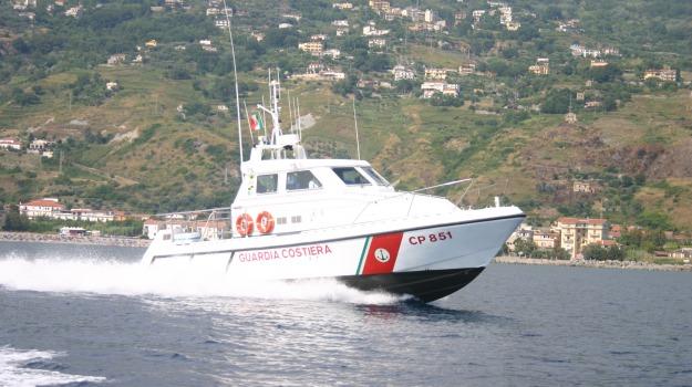andrea chirizzi, fiumefreddo bruzio, guardia costiera cetraro, surfista, Calabria, Archivio