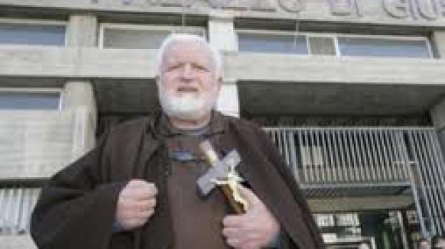 assoluzione, padre fedele, testimoni, tribunale cosenza, Cosenza, Calabria, Archivio