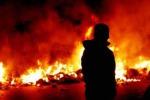 Incendia auto sequestrata denunciato