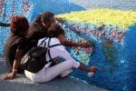 Lampedusa ricorda le vittime di un anno fa
