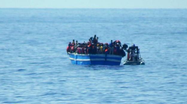 730 migranti, pozzallo, scafisti, Sicilia, Archivio