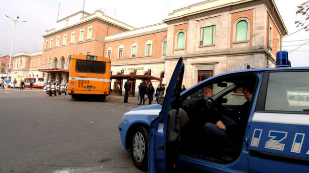 bomba, centro scommesse, Reggio, Archivio