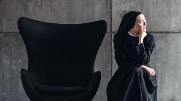 like a virgin, suor cristina, Sicilia, Archivio, Cultura