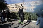 Tensione a Roma Scontri a Padova