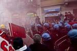 Sciopero 'sociale': a Roma blitz al Tesoro e sul Colosseo