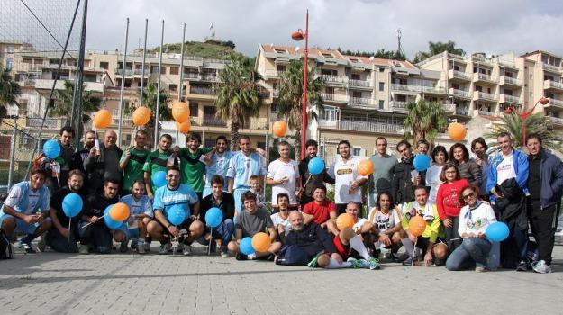 in campo per la solidarietà, trocadero, Messina, Archivio