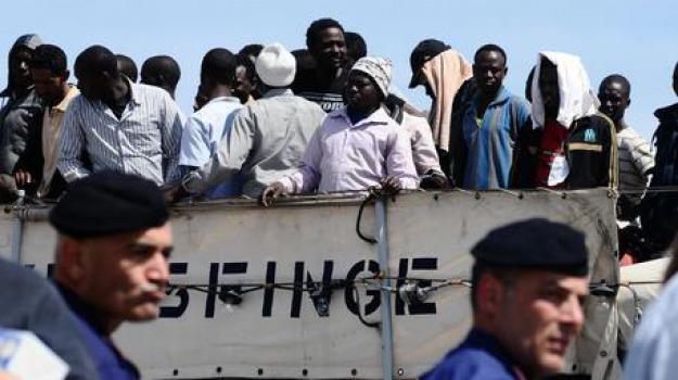 immigrazione, trafficanti, Sicilia, Archivio