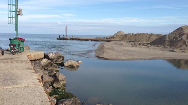 canale stombi, guardia costiera corigliano, insabbiamento, laghi sibari, Calabria, Archivio