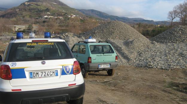 deuda, paola, polizia provinciale, sequestro, torrente, Calabria, Archivio