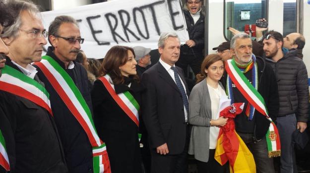 diritto alla mobilità, messina, treno, Messina, Archivio