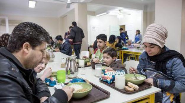 povertà, Sicilia, Archivio, Cronaca