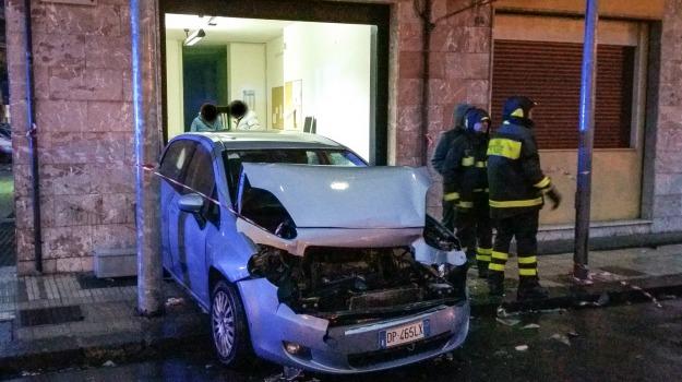 incidente suv, Messina, Archivio