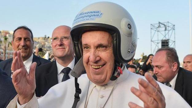 casco, papa francesco, Sicilia, Archivio, Cronaca