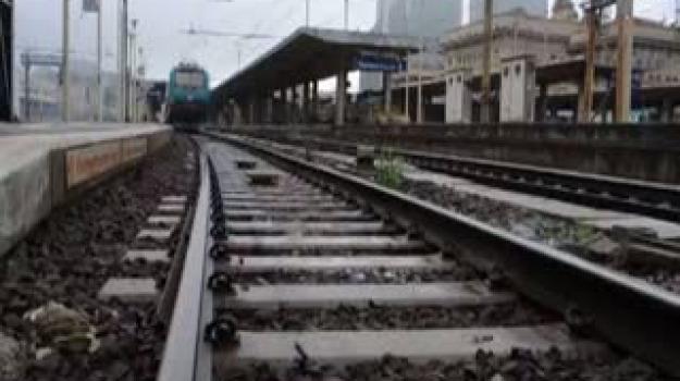 messina-palermo, pendolari, treni in ritardo, Messina, Sicilia, Archivio