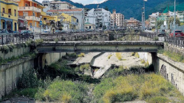 torrente annunziata, Messina, Archivio