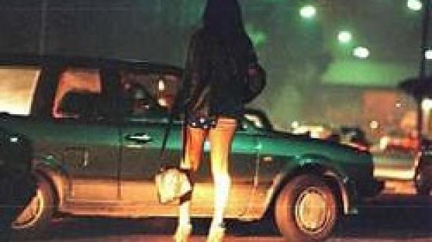 giro di prostitute 3 messinesi indagati, Sicilia, Archivio
